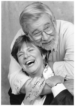 Peter Gzowski gives hug to Shelagh Rogers, Soundboard