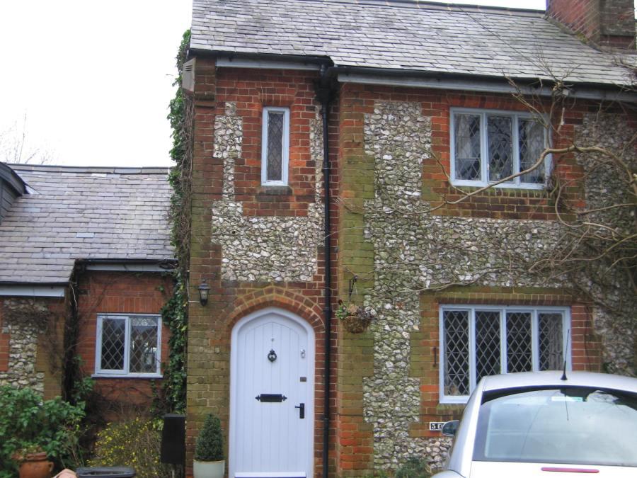 3 Elm Cottage
