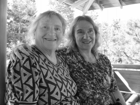 Rosenfarb and her daughter